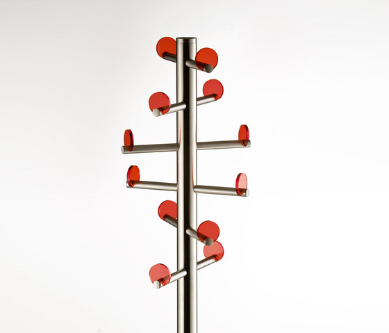 Voilà 5130* by PEDRALI | Freestanding wardrobes