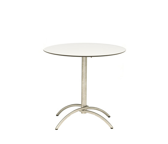 Taku bistro table by Fischer Möbel | Bistro tables