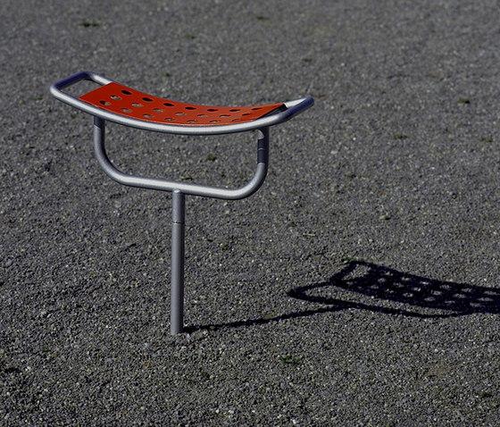 Playtime Stool by BURRI | Exterior stools