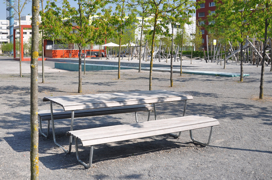 Landi special table by BURRI | Benches with tables