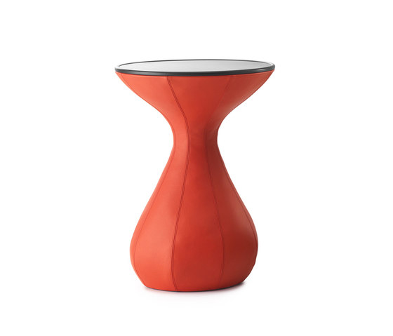 Gozo Lounge table by Leolux   Side tables