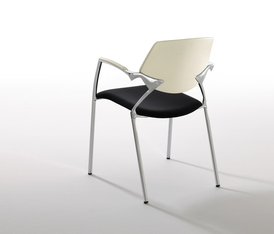 Sara by Forma 5 | Visitors chairs / Side chairs