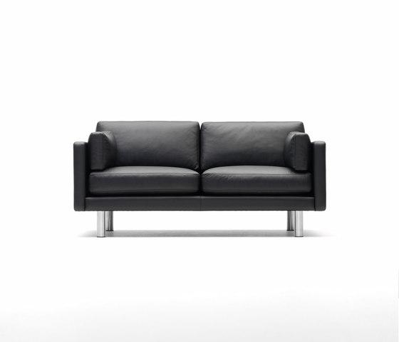 EJ 220 von Erik Jørgensen | Loungesofas