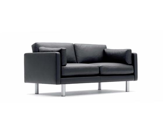 EJ 220-2 by Erik Jørgensen | Lounge sofas
