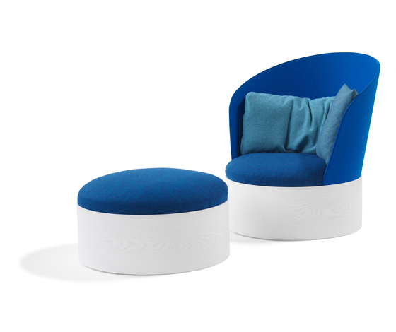 B25 / B25 Ottoman by Blå Station | Lounge chairs