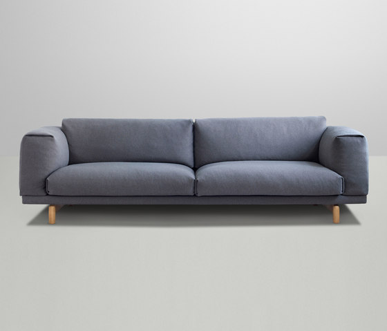 Rest | 3-Seater by Muuto | Lounge sofas
