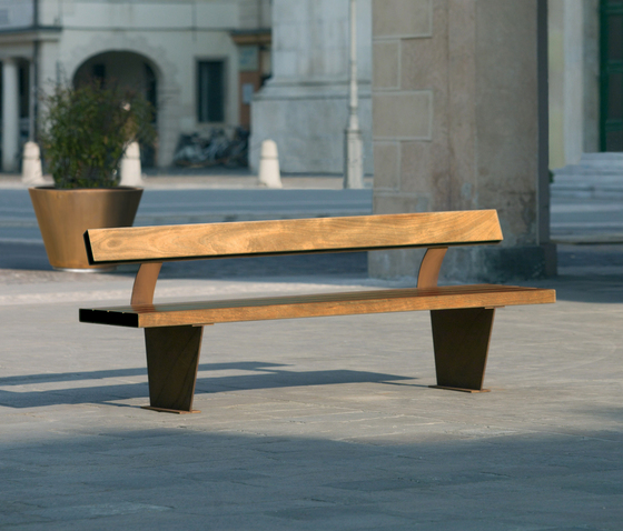 Campus by Metalco | Exterior benches