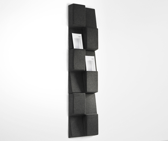 Window by Abstracta | Brochure / Magazine display stands