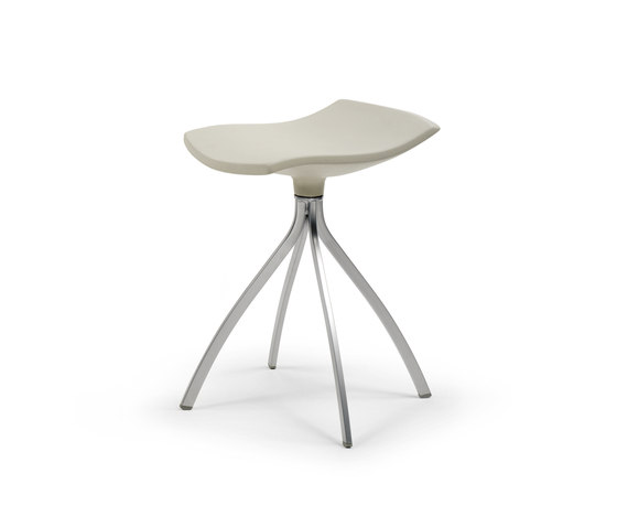 Gimlet stool by Mobles 114 | Swivel stools