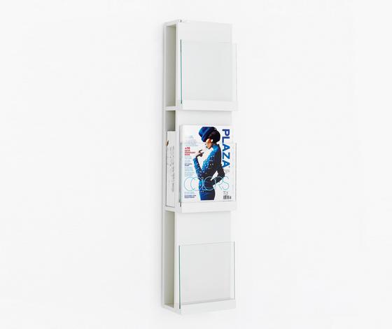 Front Storage FRFT 2563 di Karl Andersson | Porta dépliant / riviste