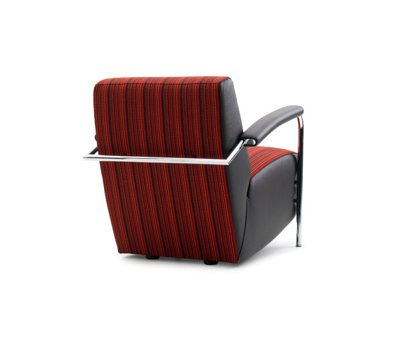 Scylla Armchair by Leolux | Lounge chairs