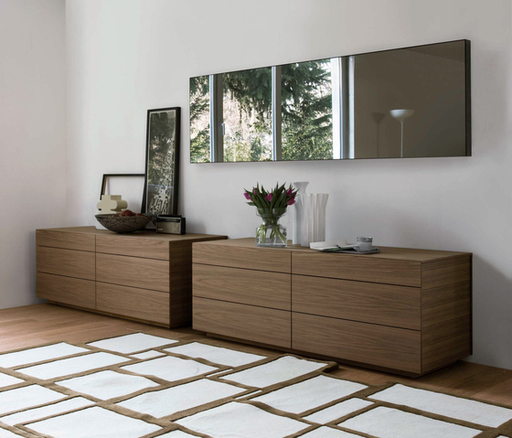 Lato chest of drawers by Former | Sideboards