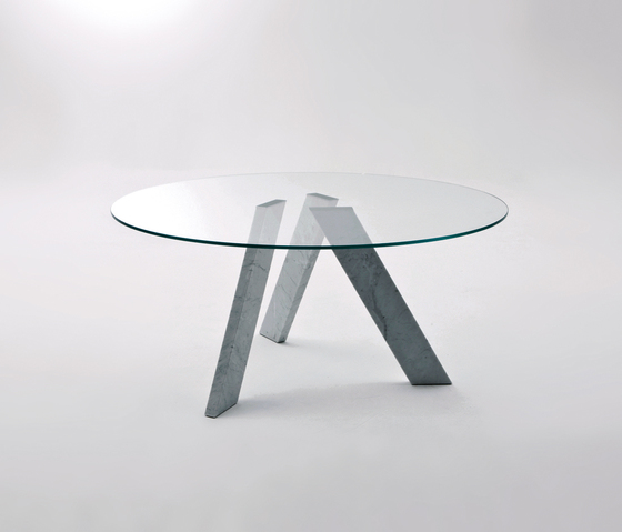 Fix round table by Former | Dining tables
