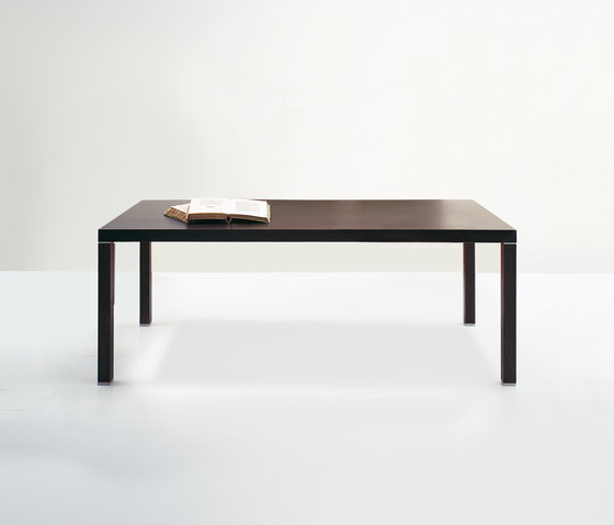 Regolo table by Former | Dining tables
