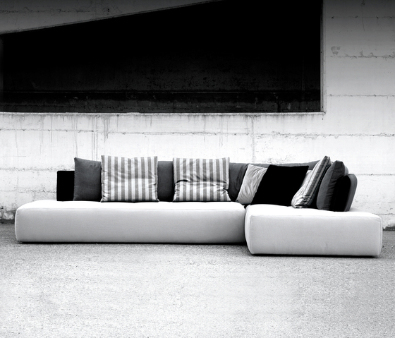 Conversation by Erba Italia | Lounge sofas