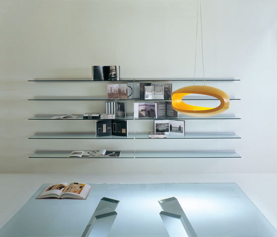 Plinto bookcase by Former | Office shelving systems