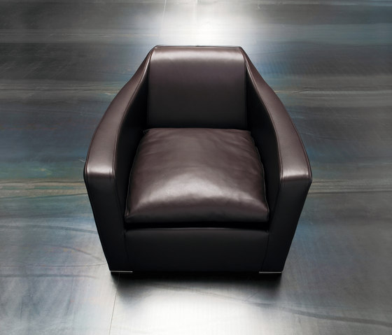 Profile by Erba Italia | Lounge chairs