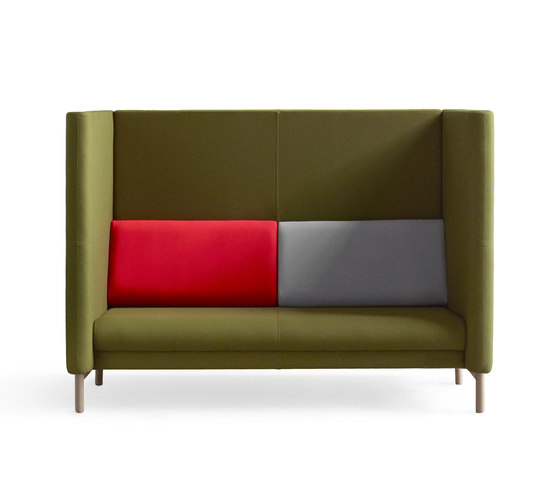 Pacific High Sofa by +Halle | Lounge sofas