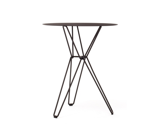 Tio Circular Café Table Metal by Massproductions | Cafeteria tables