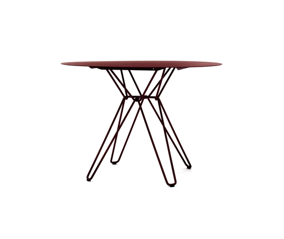 Tio Circular Dining Table Metal by Massproductions | Restaurant tables