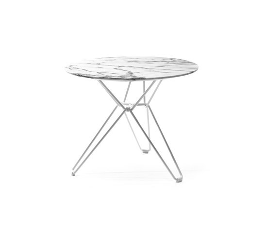 Tio Circular Low Table Marble by Massproductions | Side tables