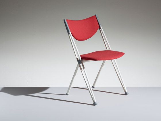 Conpasso fixed chair by Lamm | Chairs