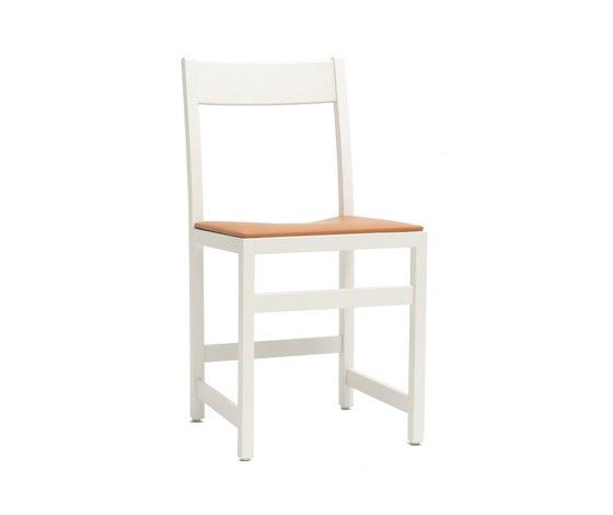Waiter Chair de Massproductions | Sillas para restaurantes