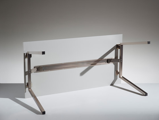 Pikappa by Lamm | Contract tables