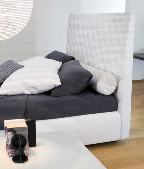 Buttondream by Bonaldo | Double beds