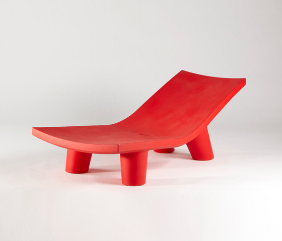 Low Lita Lounge di Slide | Sdraio da giardino