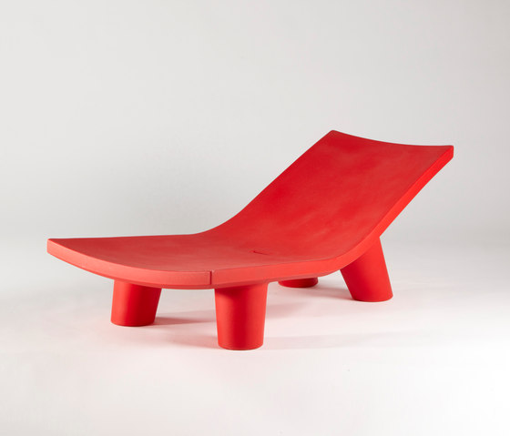 Low Lita Lounge di Slide | Chaise longue