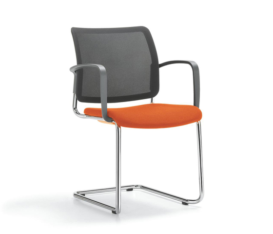 YANOS Cantilever chair by Girsberger | Visitors chairs / Side chairs