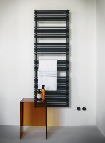 Basics 25 scald by TUBES | Radiators