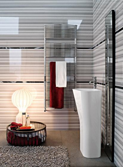 Bath Curvo by TUBES   Radiators