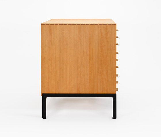 Poul Kjærholm Cabinet for drawings by Carl Hansen & Søn | Plan chests