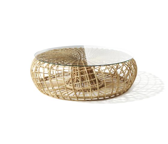 Nest Big with glass di Cane-line | Tavolini da salotto