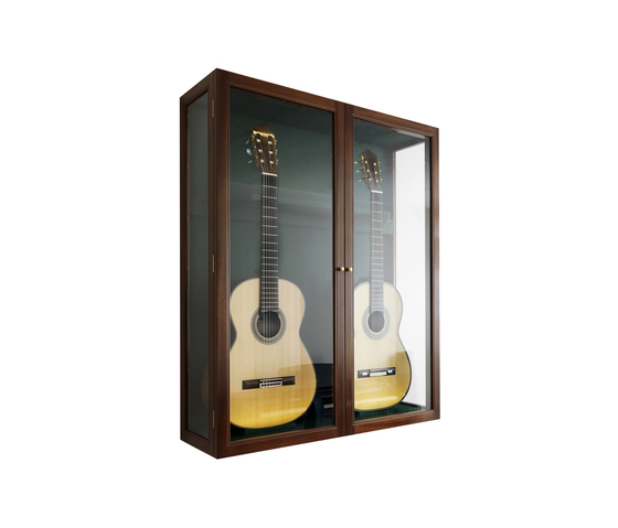 Guitar showcase by Carl Hansen & Søn | Display cabinets
