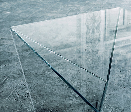 Edge by Glas Italia | Dining tables