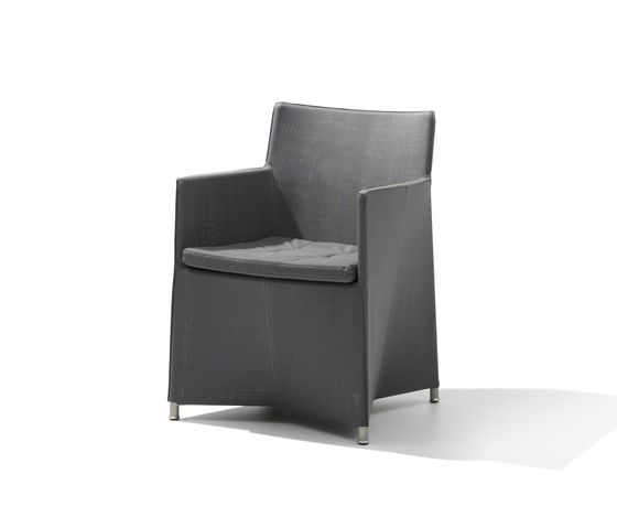 Diamond Armchair di Cane-line | Sedie da giardino