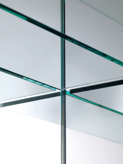 Mirror Mirror Specchi by Glas Italia | Wall shelves