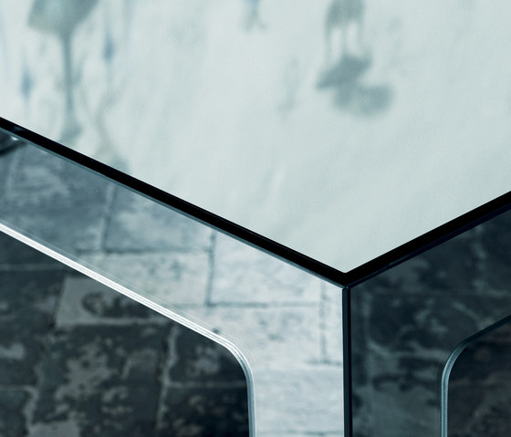Mirror Mirror Tavolo Alto by Glas Italia | Dining tables