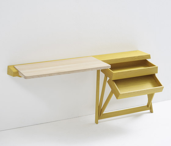 PIvot desk by Arco | Wall shelves