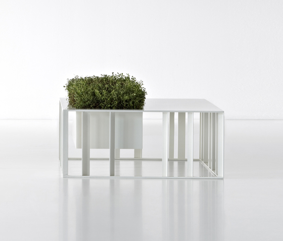 Código Pot by De Castelli | Flowerpots / Planters