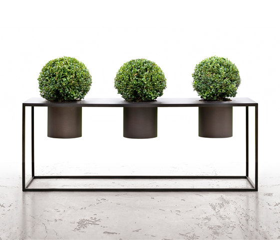 Riviera Pot by De Castelli | Flowerpots / Planters