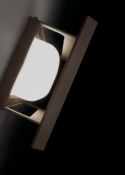 Lineana-V wall light by BOVER | General lighting