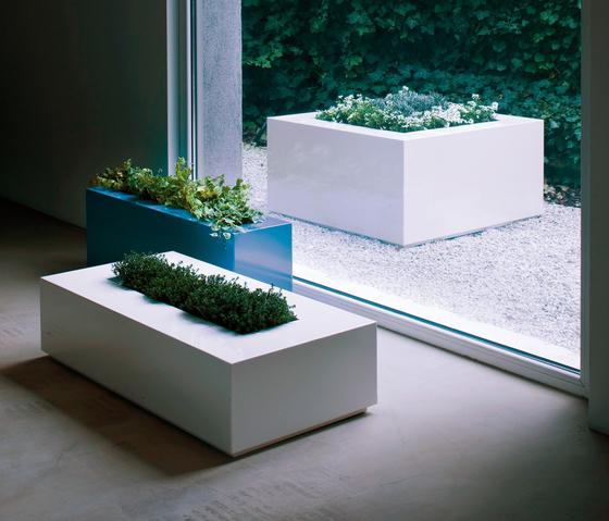 Easy by De Castelli | Flowerpots / Planters