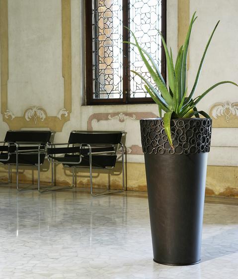 Eklisse de De Castelli | Bacs à fleurs / Jardinières