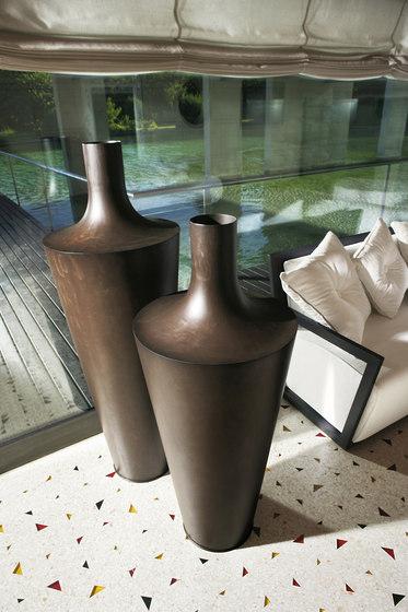 Eliot by De Castelli | Flowerpots / Planters