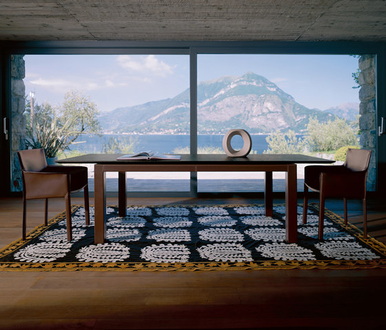 Abaco Extendible table by Enrico Pellizzoni | Dining tables