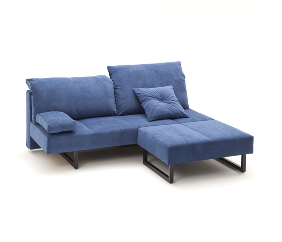 COIN Sofa von die Collection | Schlafsofas